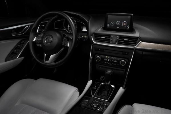 Mazda-CX-4-2017-1280-08