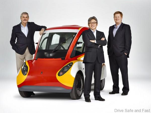 Shell Concept Car, Gordon Murray, Bob Mainwaring and Hidehito Ikebe *DO NOT USE FOR ADVERTISING PURPOSES, STRICTLY FOR BTL USEAGE, UNLESS AGREED WITH SHELL PHOTOGRAPHIC SERVICES/PHOTOGRAPHER* Please credit Shell/Adam Lawrence