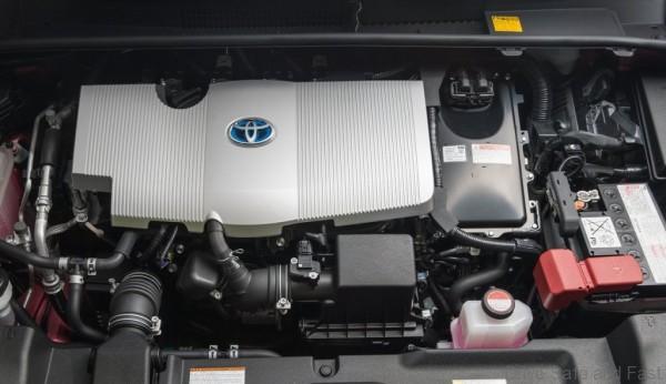 Toyota-Prius4