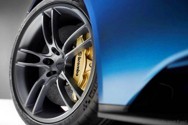 FordGT carbon fibre wheel 3