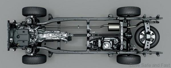 Toyota-HiLux-2016-22