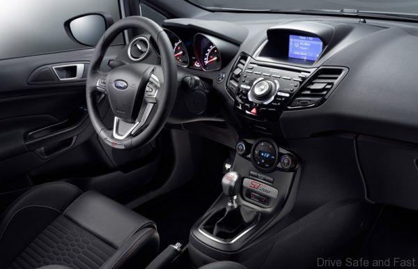 Ford Fiesta ST200 4