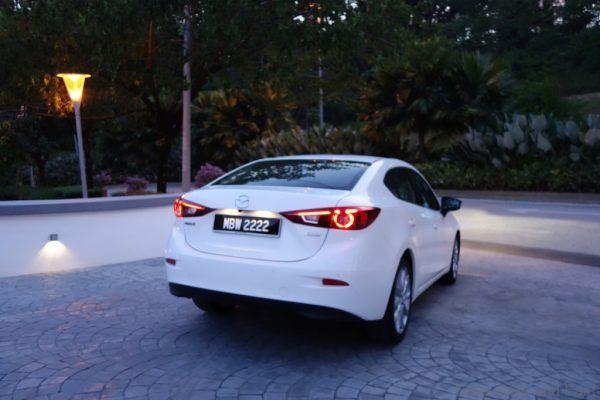 Mazda3-o