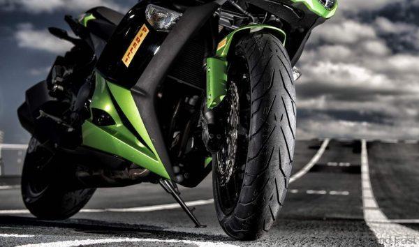 Motorcycle tires_Pirelli-Angel-GT2