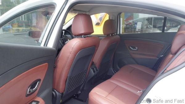 Renault Fluence Formula Edition_leather seats in maroon