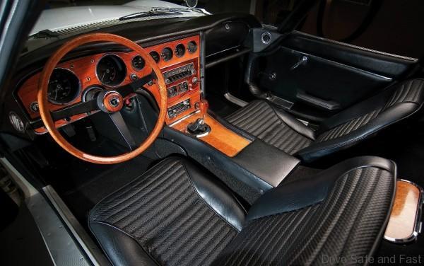 Toyota2000GT_02