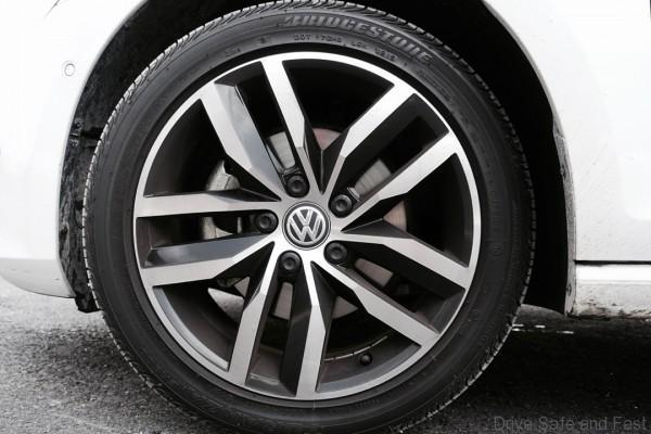 VW-GOLF_TSI-5