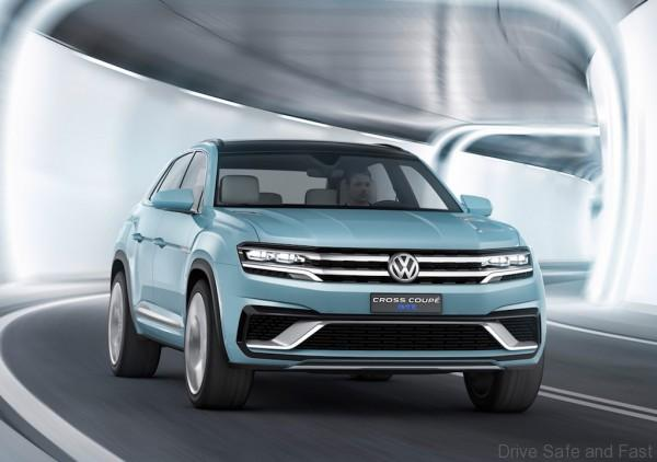 Volkswagen-Cross-Coupe-GTE-Concept-Motion