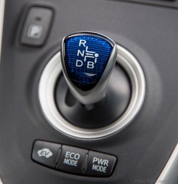 gear-knob_toyota hybrid
