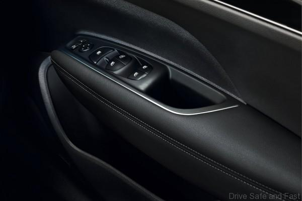 ELECTRIC WINDOWS CONTROL AND ELECTRICAL ADJUSTMENT OF REAR-VIEW MIRRORS - RIGHT-HAND DRIVE