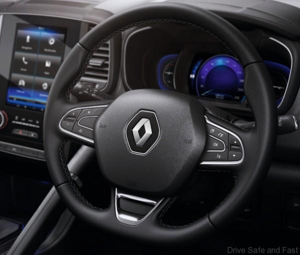 E3 VERSION - LEATHER STEERING WHEEL - RIGHT-HAND DRIVE