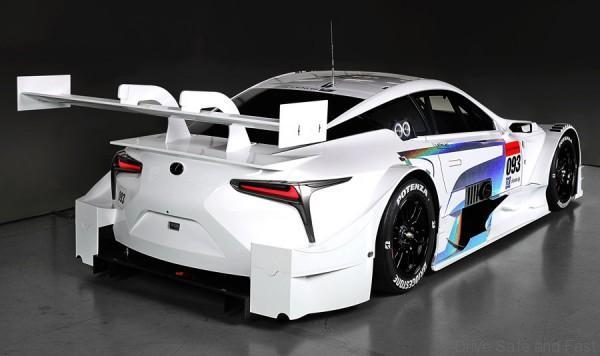 Lexus%202017%20Super%20GT%20race%20car%205