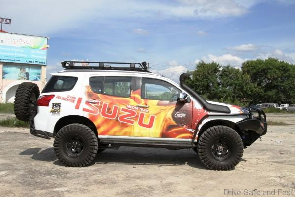 the-isuzu-mu-x-monster-is-set-for-its-debut-in-borneo-safari-2016