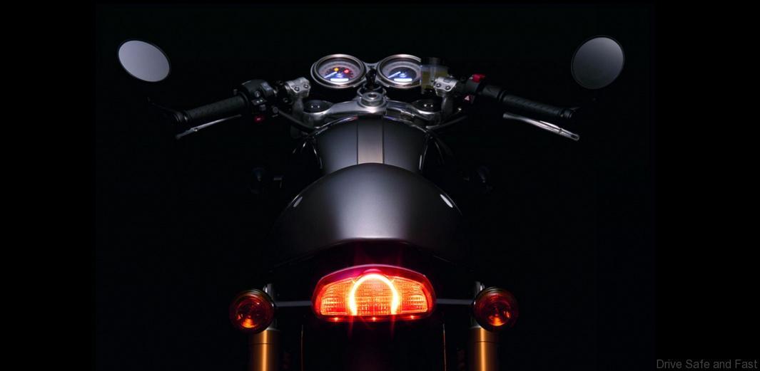 triumph-new-900cc-bonneville-family3