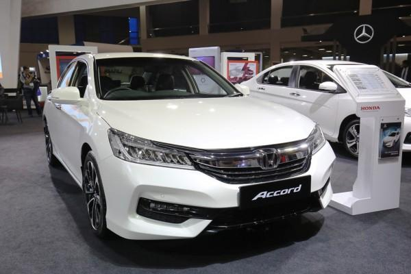 the-redesigned-9th-generation-accord-offers-a-great-package-of-value-for-money-while-maintaining-premium-features-in-all-variants