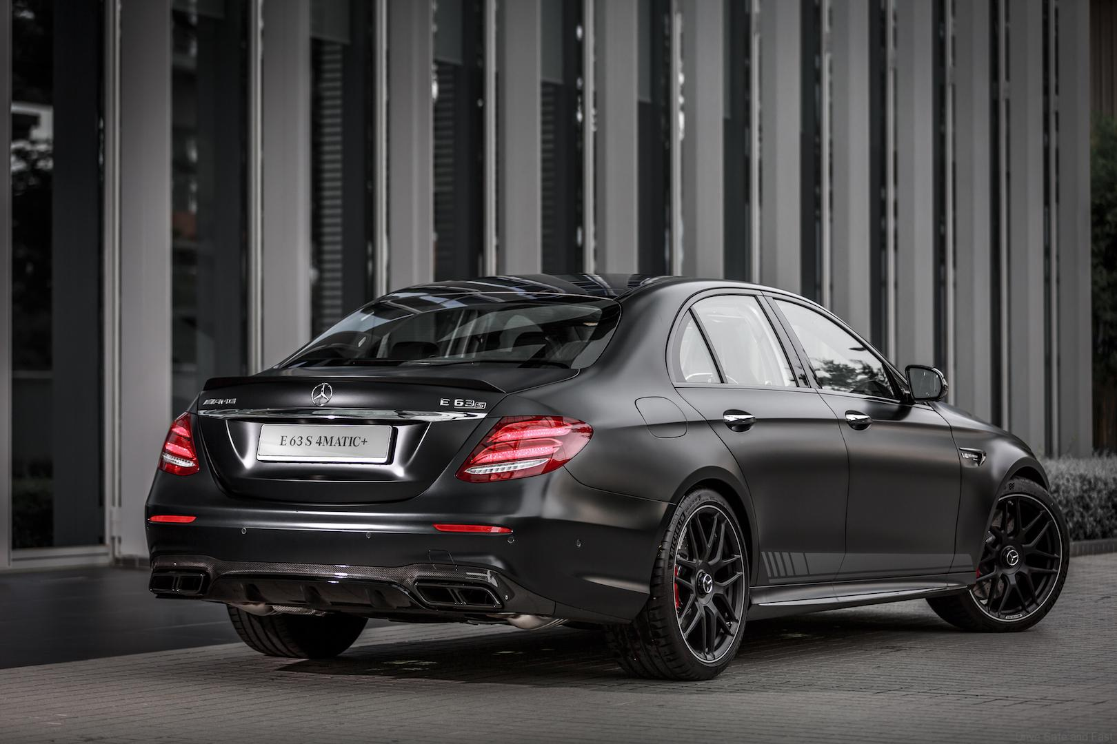 mercedes amg e 63 s 4matic 0 100 in rm998. Black Bedroom Furniture Sets. Home Design Ideas