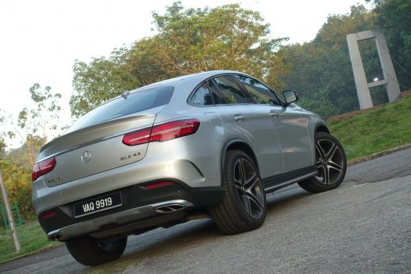 What You Re Getting With The Gle 43 Coupe Is Guaranteed To Wake Neighbours Set Dial Sports Mode And Let Exhaust Le Pop
