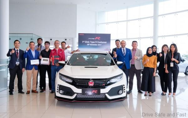 First New Civic Type R Gets Delivered Drive Safe And Fast