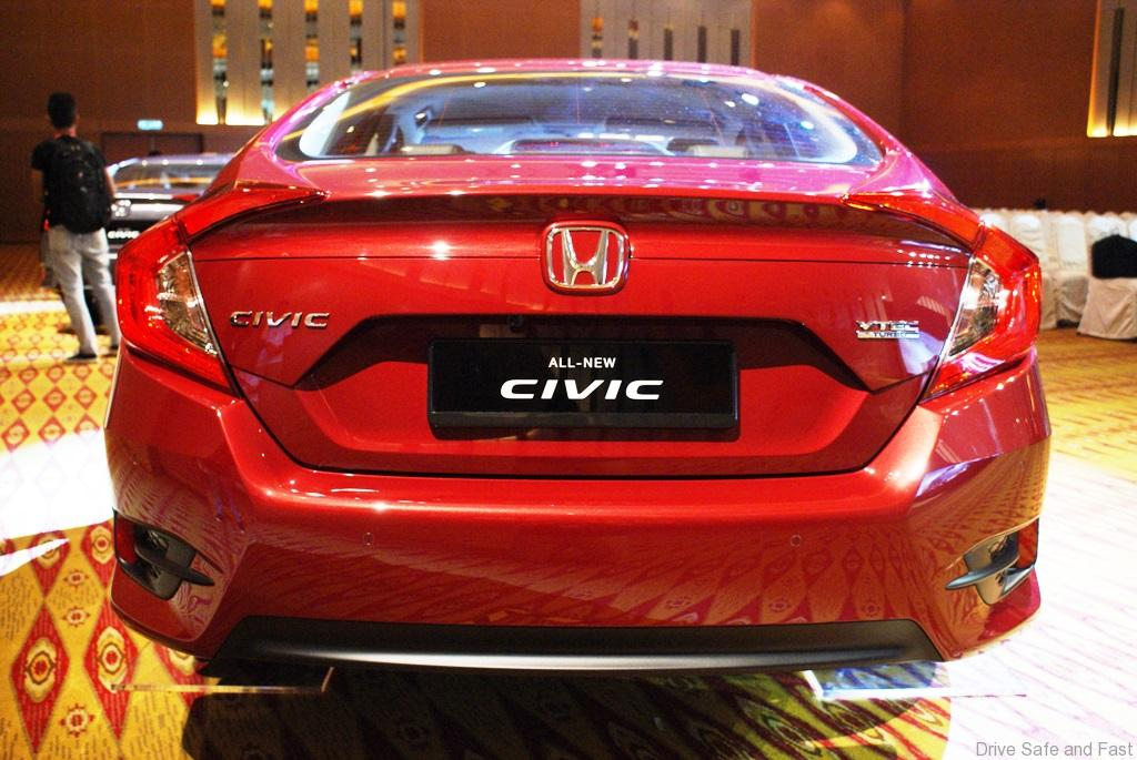 2016 honda civic launched 1 8 i vtec and 1 5 vtec turbo. Black Bedroom Furniture Sets. Home Design Ideas