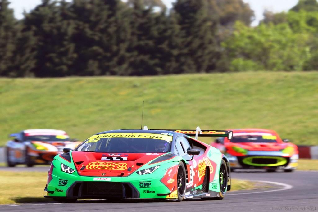third victory in british gt for lamborghini huracan gt3 drive safe and fast. Black Bedroom Furniture Sets. Home Design Ideas