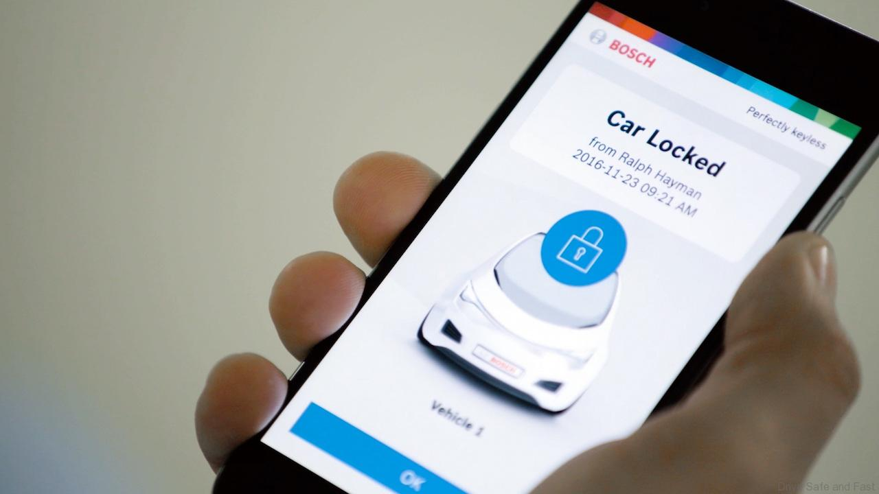 Unlock Car With Phone >> Smartphone To Unlock The Car Ignite The Engine Lock The Car Again