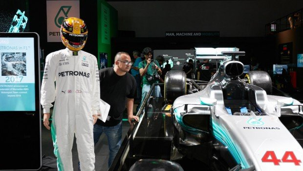 F1 photo booth