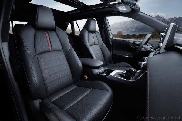 2020 Toyota RAV4 Hybrid seats