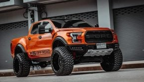 Ford Ranger Raptor Custom US Look front