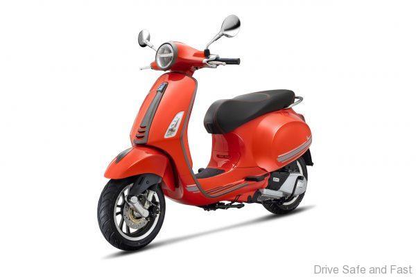 Vespa Primavera S Special Edition 150_Orange Tramonto (Glossy)