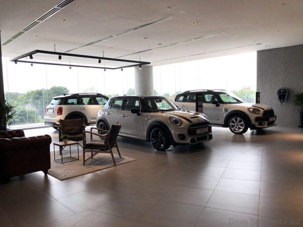 Mini Showroom Auto Bavaria