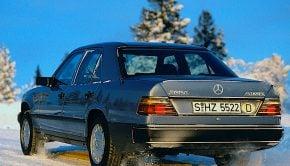 Mercedes-Benz W125 4MATIC sedan